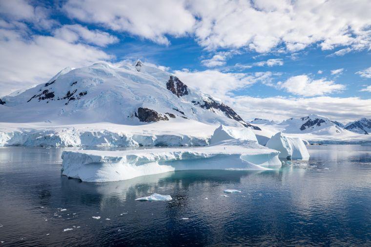 Iceberg Antarctica Mountain Scenery